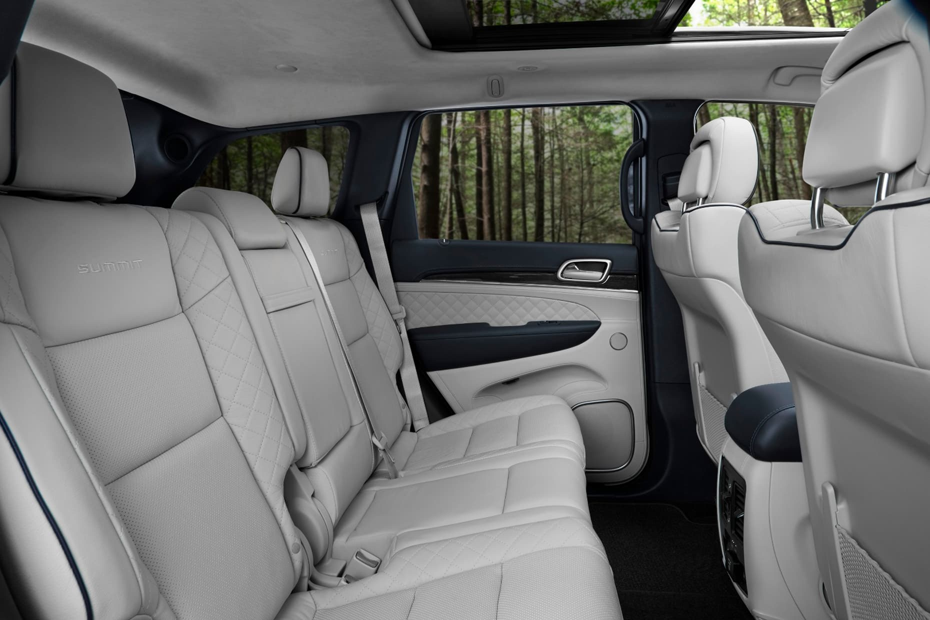 Jeep Air Ride Seats : Jeep unveils luxurious new grand cherokee summit